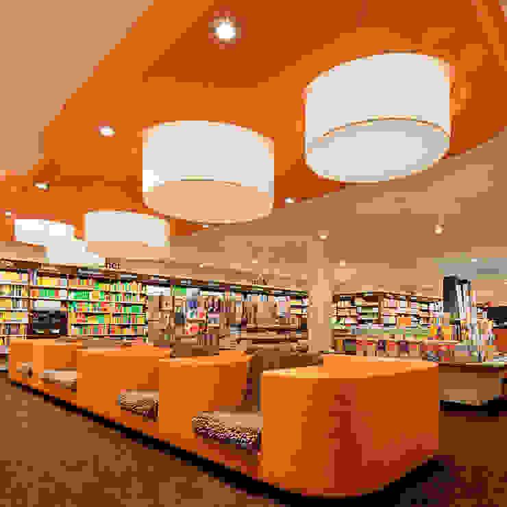 Shop-Konzept / Buchhandlung Rupprecht Moderne Ladenflächen von MatthiasFranz.Innenarchitekten GmbH Modern