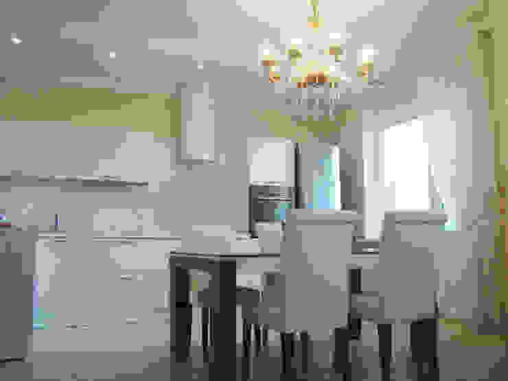 Светлая четырёхкомнатная квартира Столовая комната в эклектичном стиле от Дизайн В Стиле Эклектичный