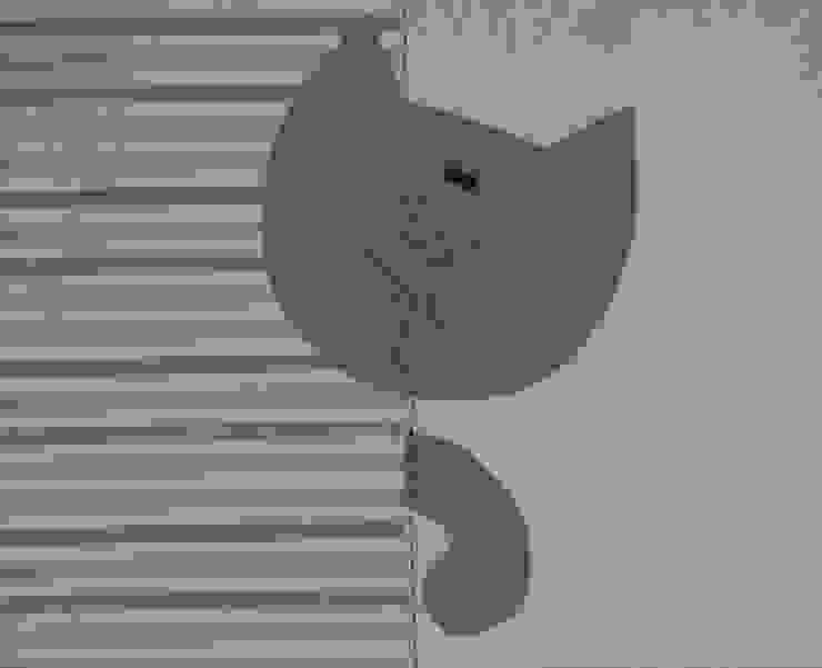panel z kotem od Drewniany Guzik Skandynawski
