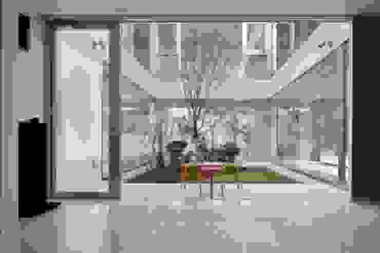 Modern style media rooms by Mアーキテクツ|高級邸宅 豪邸 注文住宅 別荘建築 LUXURY HOUSES | M-architects Modern