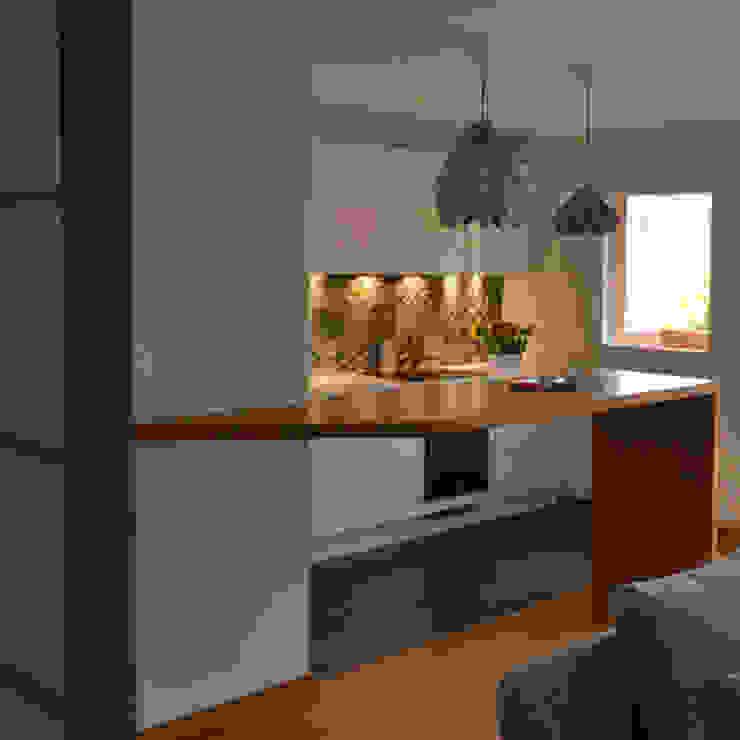 Modern kitchen by AP ARCHITECTES Modern
