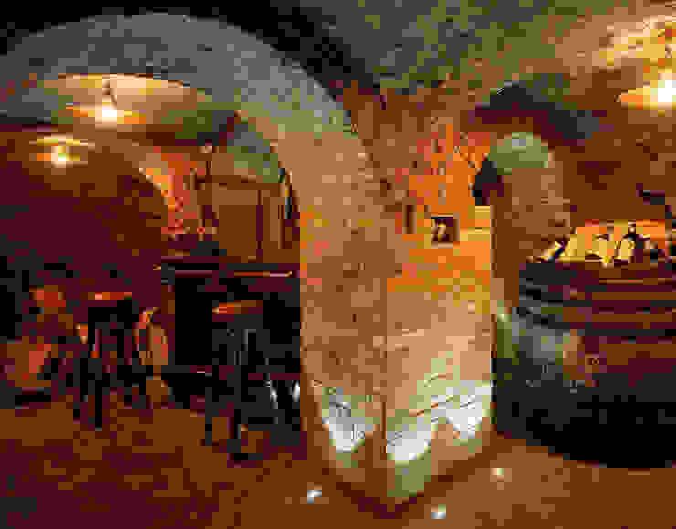 Le antiche grotte Cantina classica di Studio Progettisti Associati Snc Classico