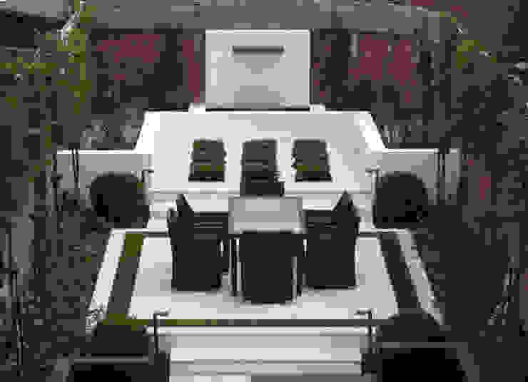 Cherry Mills Garden Design의  정원, 모던