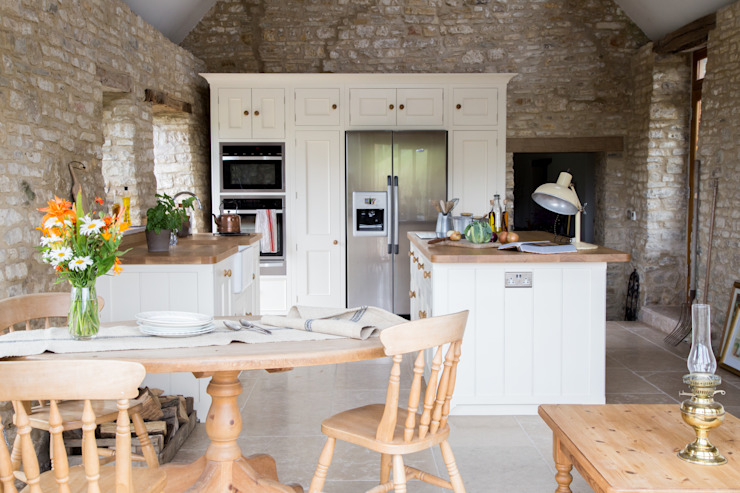 A Traditional Country Kitchen Cuisine rurale par homify Rural