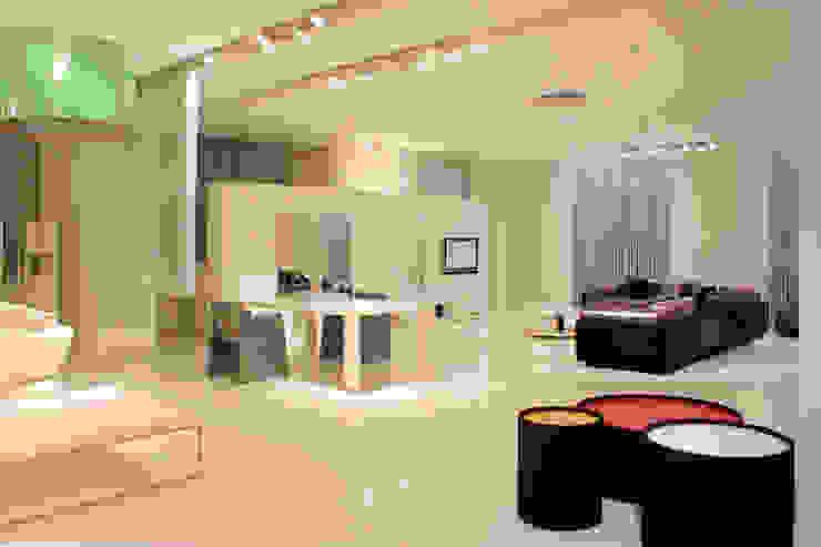 Showroom a Shanghai Negozi & Locali commerciali in stile minimalista di Vegni Design Minimalista