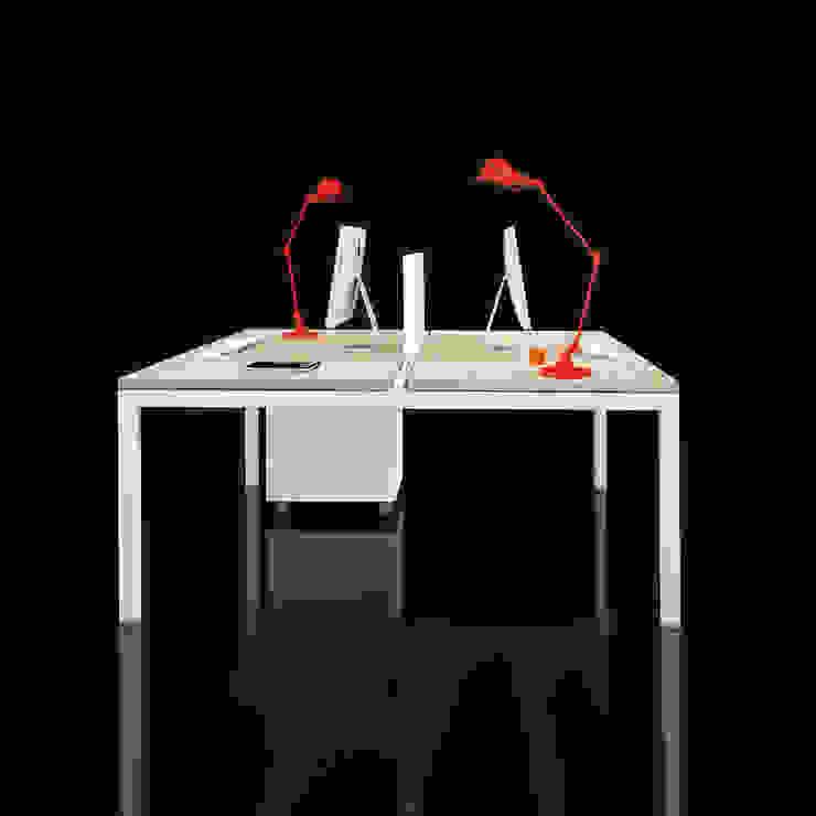 Tavolo condiviso in rovere di Line Kit Classico