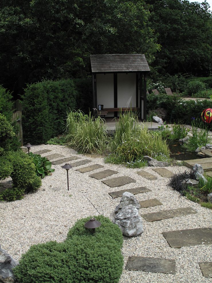 Country Family Garden With Oriental Water Garden Asian style garden by Cherry Mills Garden Design Asian