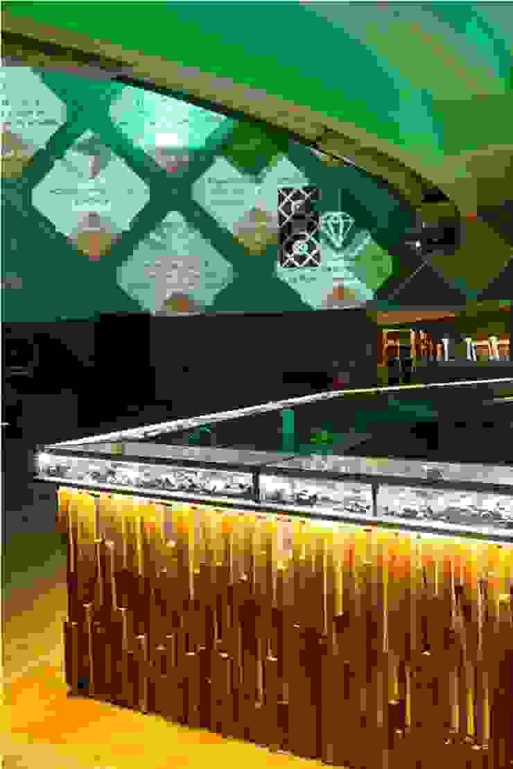 Bar Centros de congressos modernos por MM18 Arquitetura Moderno