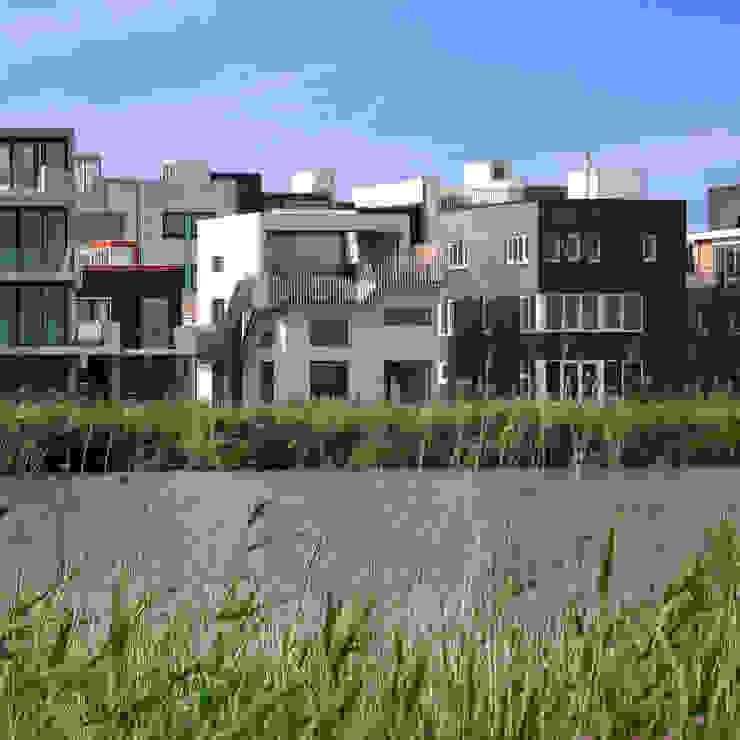 A room with a view Moderne huizen van MMX architecten Modern