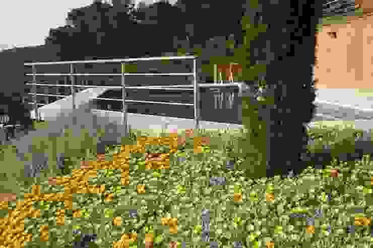 Jardín del Faro (Costa Brava) Jardines de estilo mediterráneo de AB Paisatgistes SL Mediterráneo