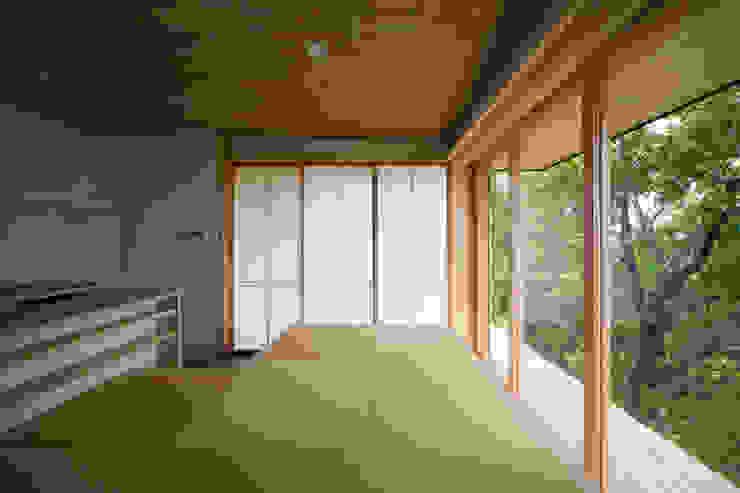Tei dining room Comedores de estilo asiático de キリコ設計事務所 Asiático