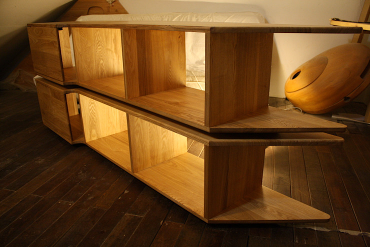 Chain (shelf): modern  by Mobelplus, Modern