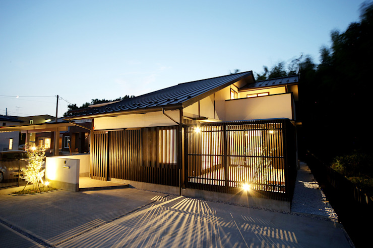 Ausgefallene Häuser von ㈱カナザワ建築設計事務所/KANAZAWA Architects Design Office Ausgefallen