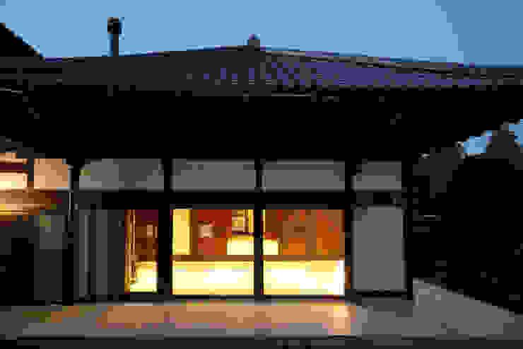 築120年、日本の古民家再生 オリジナルな 家 の ㈱カナザワ建築設計事務所/KANAZAWA Architects Design Office オリジナル
