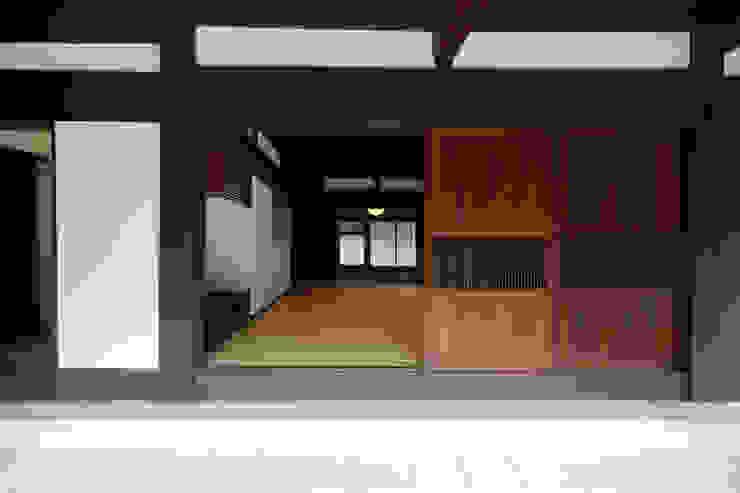 築120年、日本の古民家再生 オリジナルな 窓&ドア の ㈱カナザワ建築設計事務所/KANAZAWA Architects Design Office オリジナル