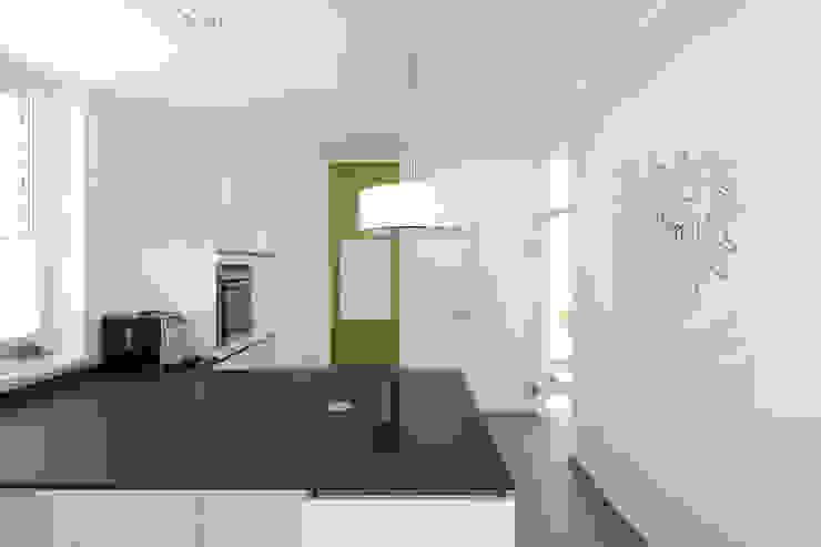 Bild 6 Moderne Küchen von Massiv mein Haus aus Mauerwerk Modern