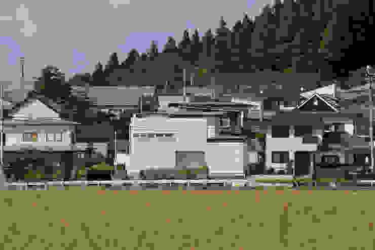 1+n モダンな 家 の 加藤一成建築設計事務所 モダン