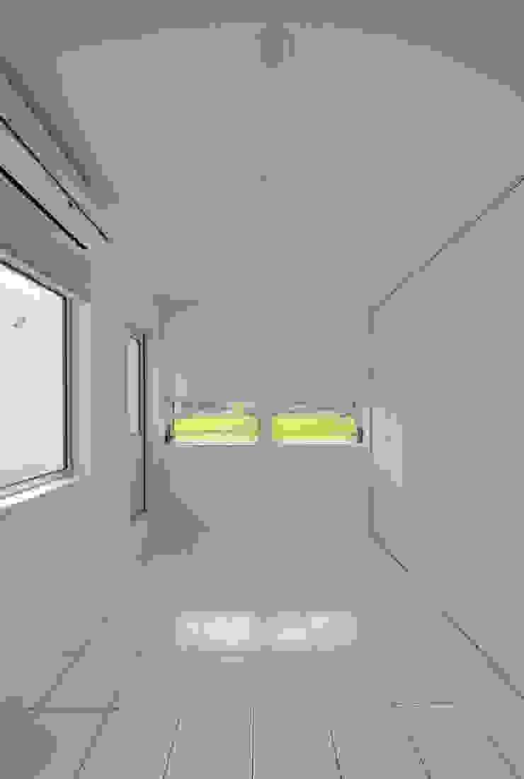 1+n モダンスタイルの寝室 の 加藤一成建築設計事務所 モダン
