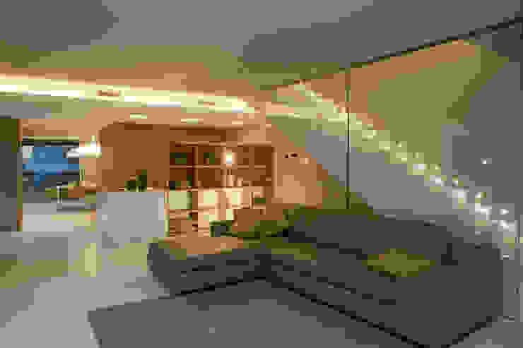 Livings modernos: Ideas, imágenes y decoración de marco.sbalchiero/interior.design Moderno