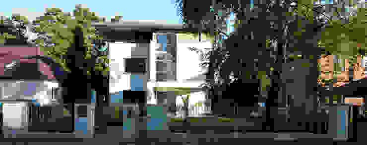 Fassade Moderner Balkon, Veranda & Terrasse von Anja Beecken Architekten Modern