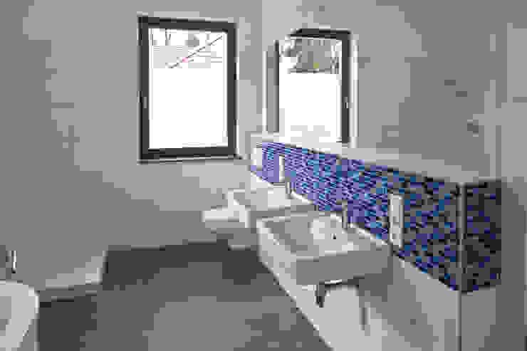 Bad Moderne Badezimmer von Anja Beecken Architekten Modern