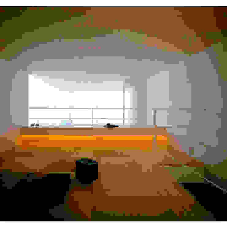 下鴨の家 和風デザインの 多目的室 の sdo 和風