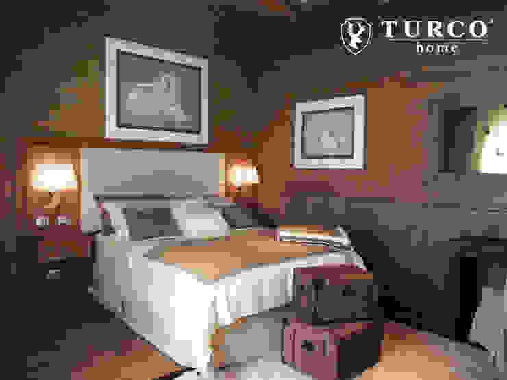 Dormitorios de estilo rústico de turco home srl Rústico