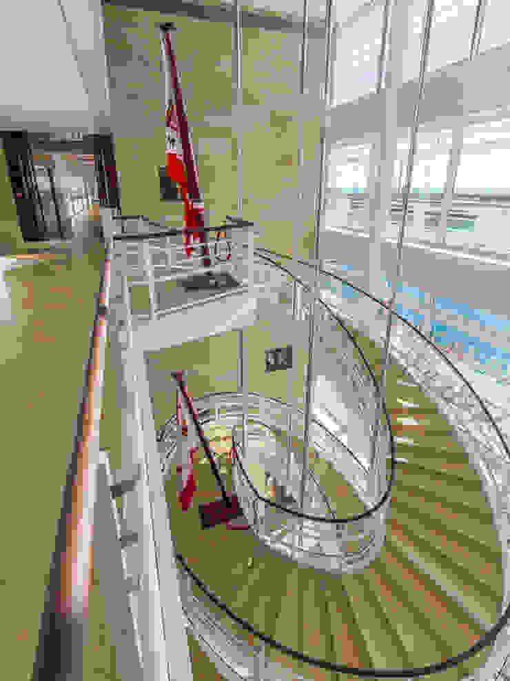 Yacht Club de Monaco - Atrium Moderne Gastronomie von Franken-Schotter GmbH & Co. KG Modern