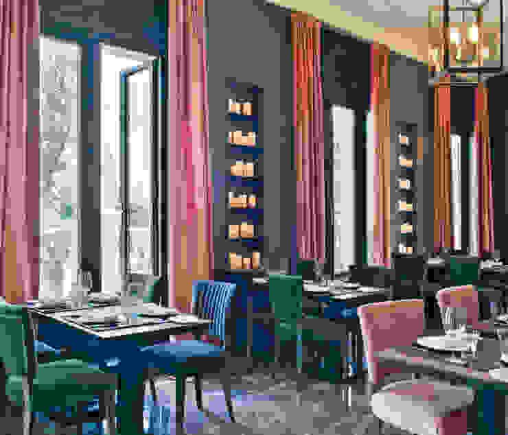 Dining room:  de estilo industrial de LUZIO, Industrial