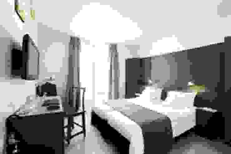 Dormitorio:  de estilo industrial de LUZIO, Industrial