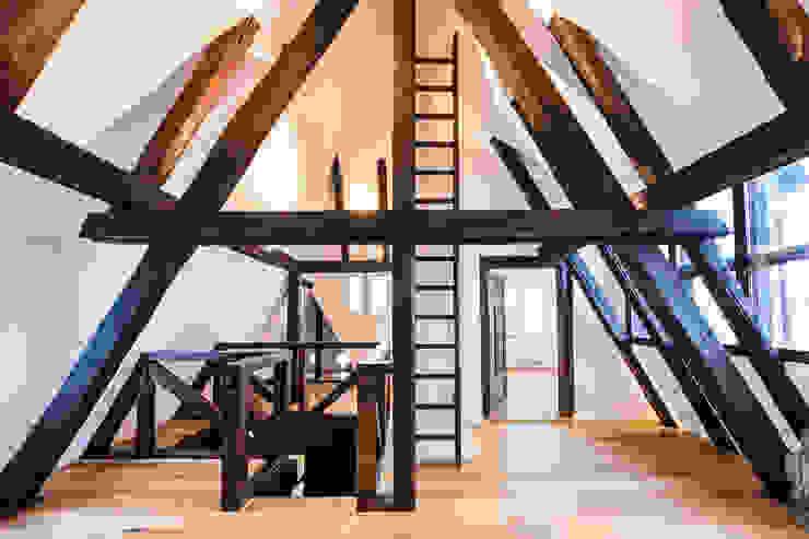 Dachboden Karl Kaffenberger Architektur   Einrichtung Klassische Wände & Böden