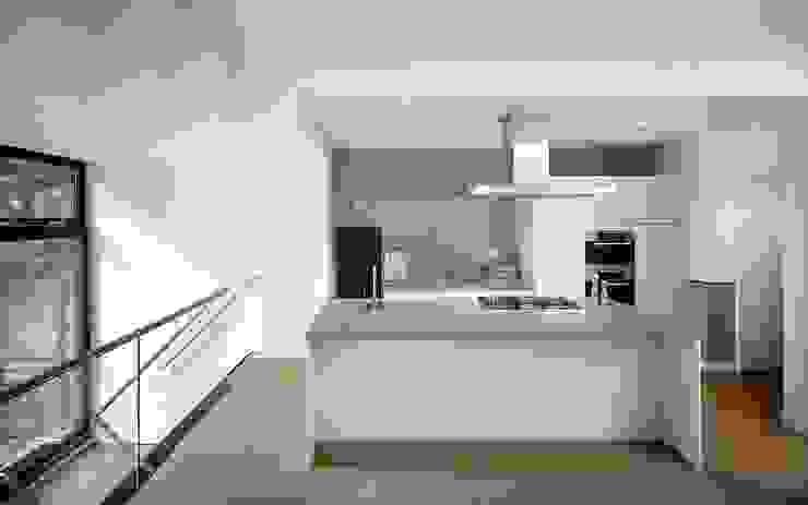 de keuken Moderne keukens van Architectenbureau Vroom Modern