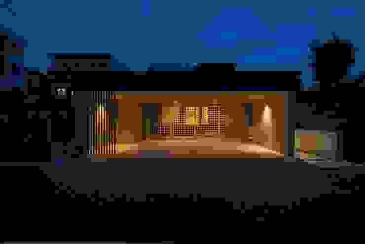 Rumah Modern Oleh ライフビスタ一級建築士事務所 Modern