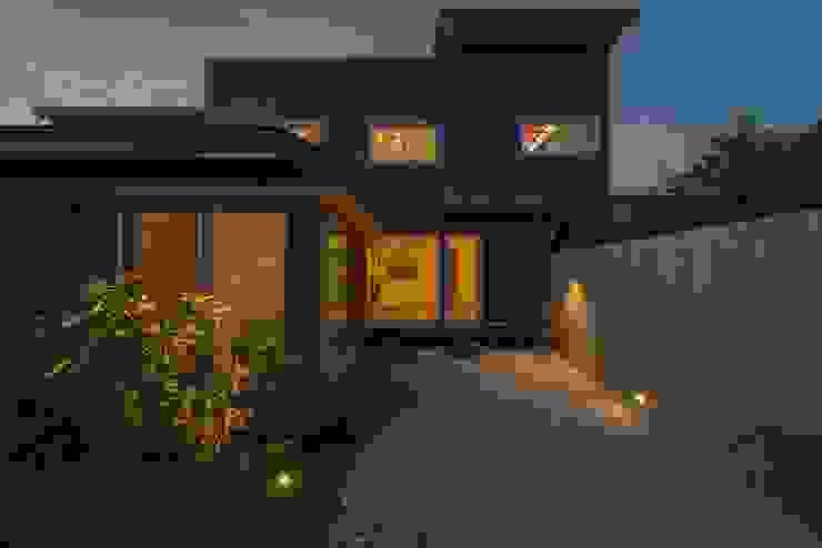 Modern Houses by ライフビスタ一級建築士事務所 Modern