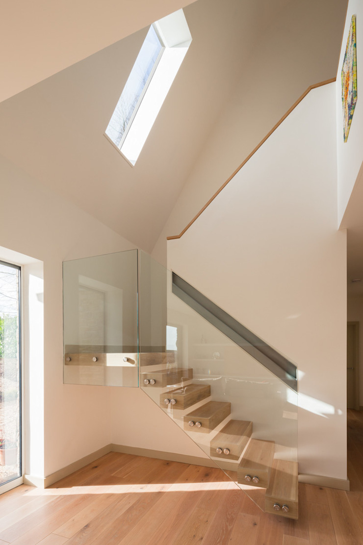 Broadmere Couloir, entrée, escaliers modernes par Adrian James Architects Moderne