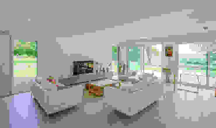 Construction d'une maison bois en Haute Normandie Salon moderne par ANTOINE LAINE ARCHITECTURES Moderne