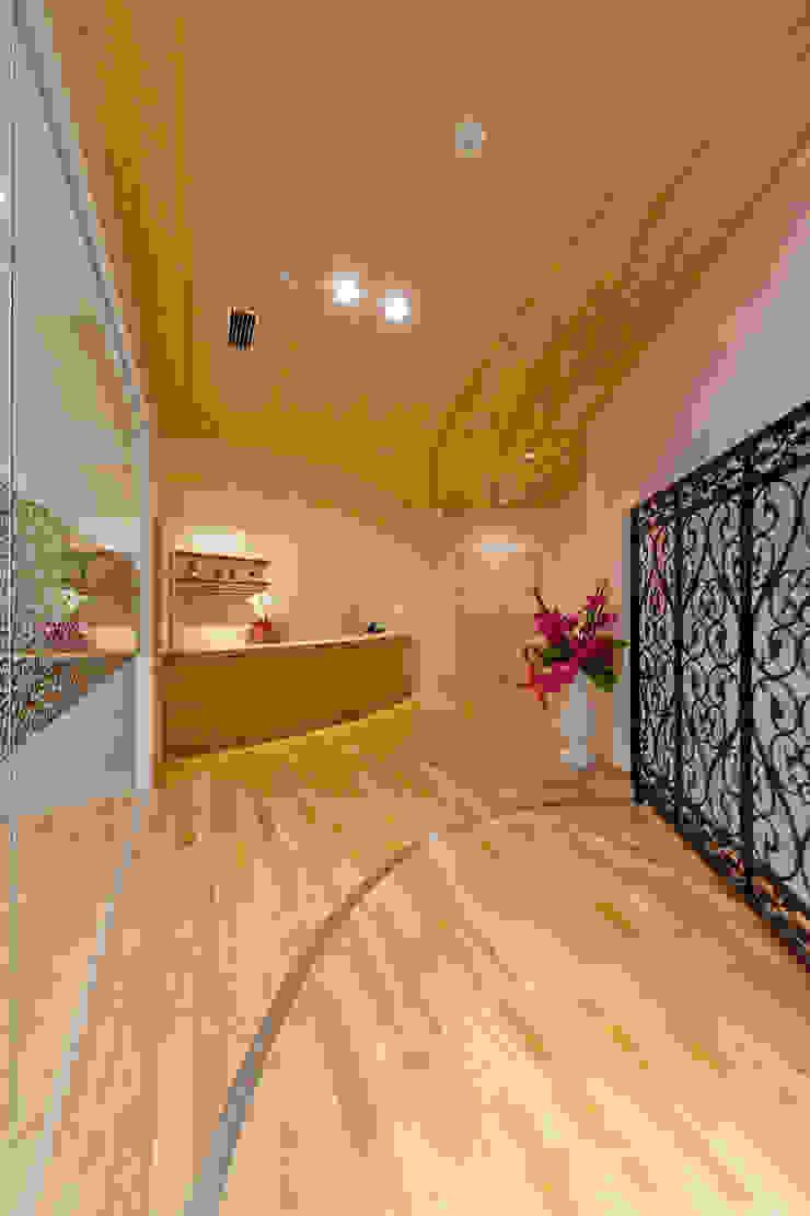 ピアノホール の 能正建築事務所 コロニアル