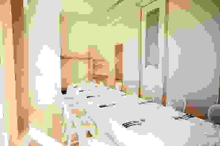 ピアノホール クラシカルなレストラン の 能正建築事務所 クラシック