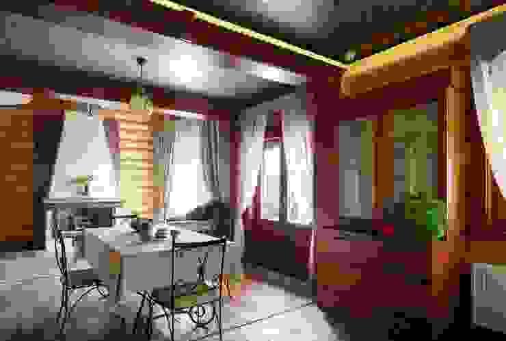 дом на берегу Столовая комната в стиле кантри от Хандсвел Кантри