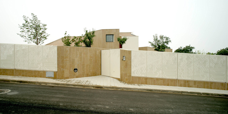 Casa promenade – vivienda unifamiliar en Caselles Casas de estilo moderno de Miàs Architects Moderno