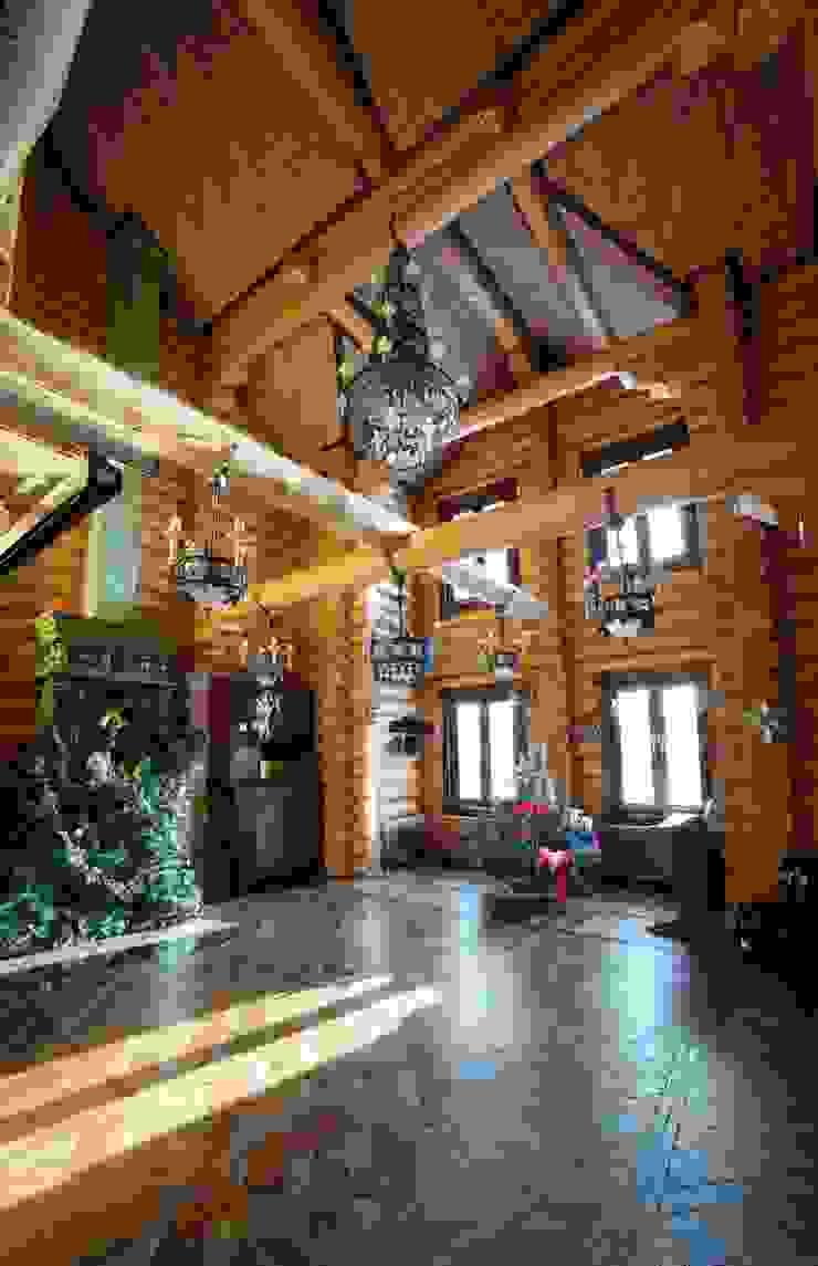 дом в деревне Гостиная в стиле кантри от Хандсвел Кантри