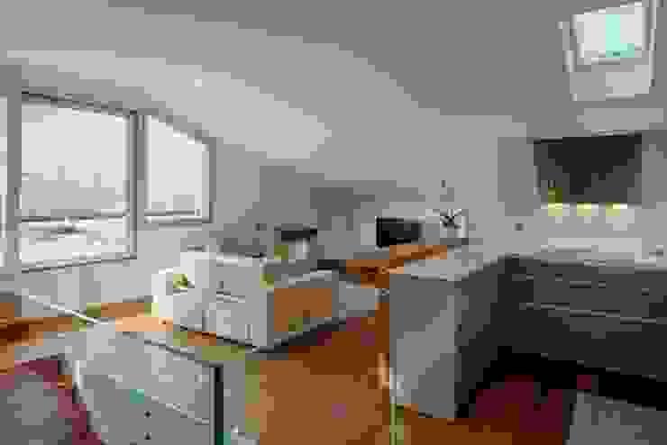 GENERALE Cucina moderna di ARCHITETTO ALESSANDRO PASSARDI Moderno