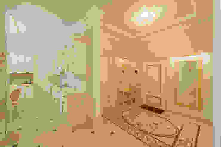 Интерьер квартиры Коридор, прихожая и лестница в классическом стиле от Antica Style Классический