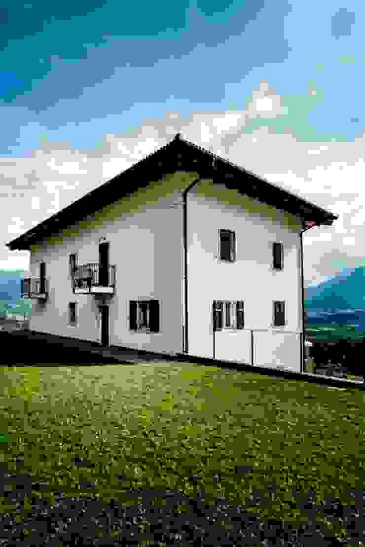 COMPOSIZIONE 07 Case classiche di ARCHITETTO ALESSANDRO PASSARDI Classico