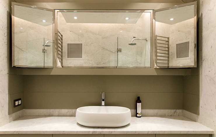 Modern bathroom by MONOBLOK DESIGN & INTERIORS Modern