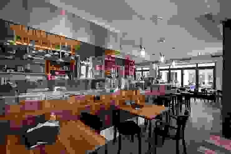 Bar Centrale - nachhaltige Gastronomie Klassische Gastronomie von Colourform Klassisch