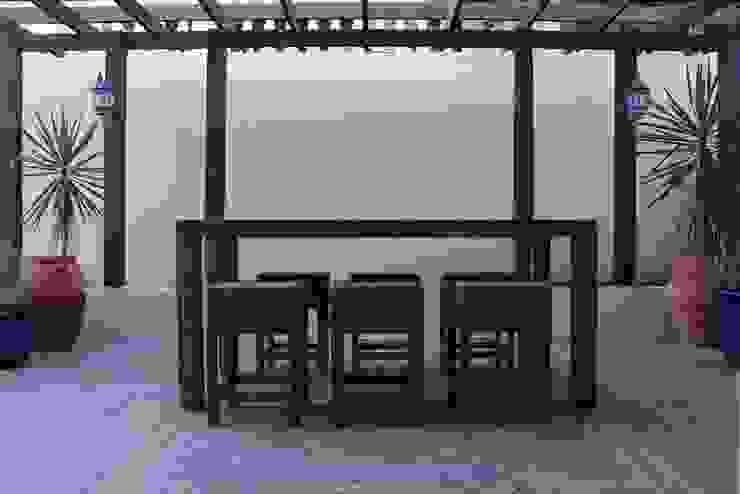 Alex Janmaat Interieurs & Kunst Balcones y terrazas modernos
