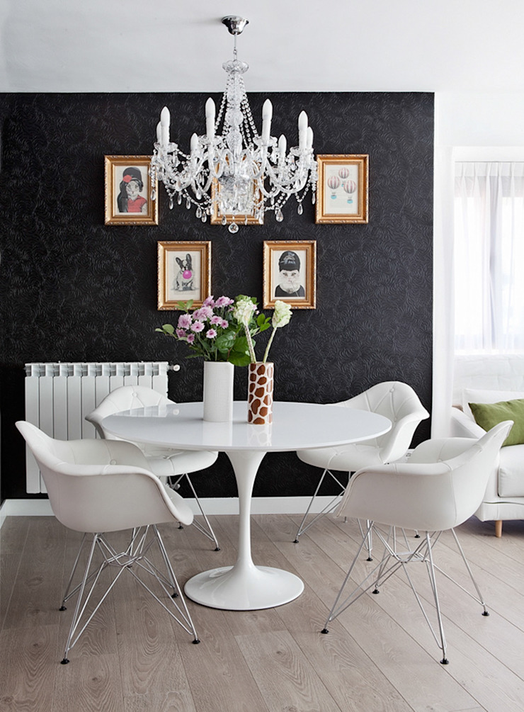 Disak Studio Eclectic style dining room