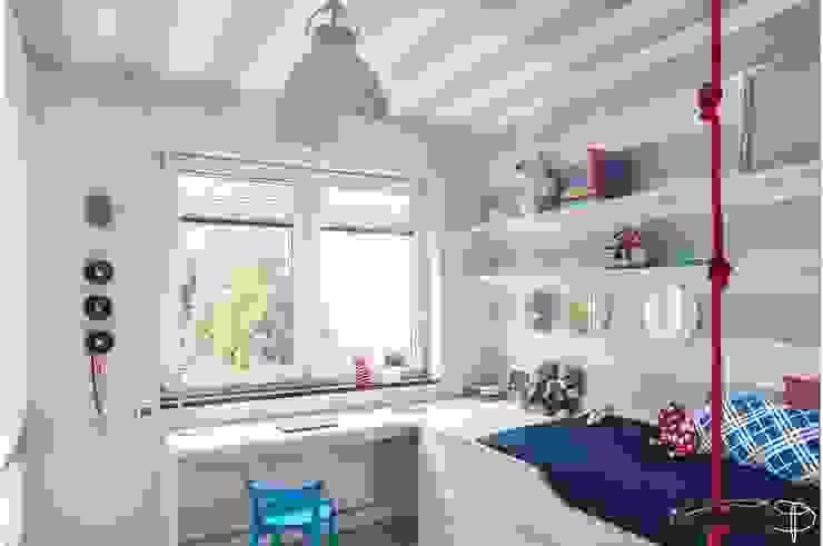 Wnętrze z Banksym Skandynawski pokój dziecięcy od Studio Potorska Skandynawski