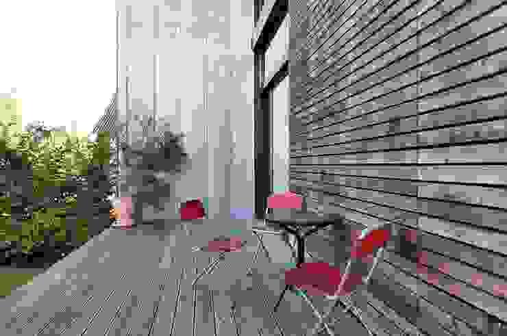 Terrazas de estilo  por Architekten Lenzstrasse Dreizehn